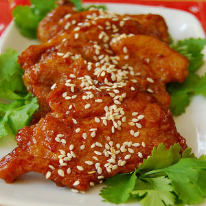 Пекинские свиные отбивные на сковороде