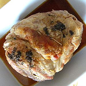 Сочная  свинина, запеченная куском в духовке фото
