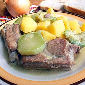 Рецепт приготовления свиных ребрышек с овощами