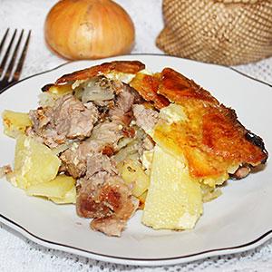 Свинина запеченная в духовке с картошкой
