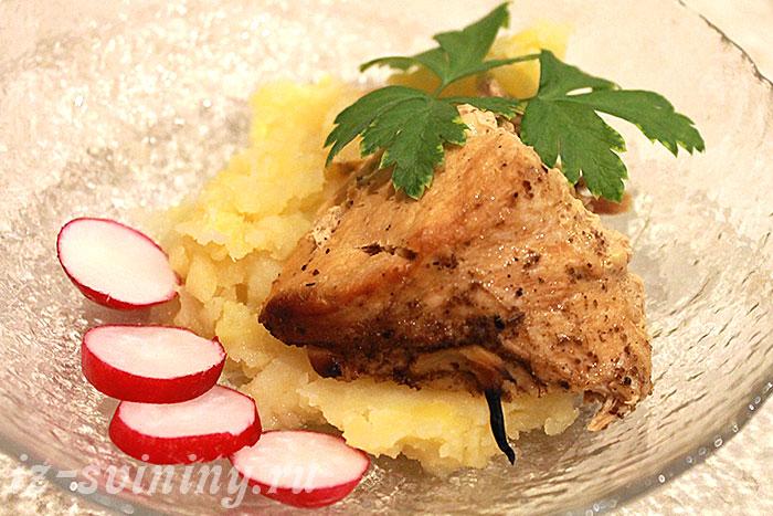 Итоговое фото свиного мяса, запеченного по рецепту сайта