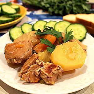 Овощная дамляма с мясом свинины