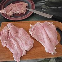 Разрежем свинину книжкой - фото