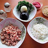 Ингредиенты для ежиков из фарша и риса
